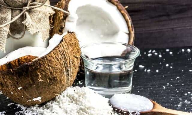 Coconut oil for beard growth and as facial hair oil