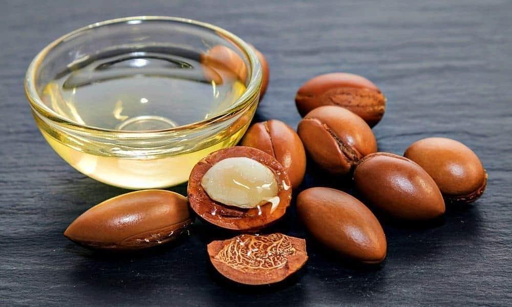 argan oil and kernels