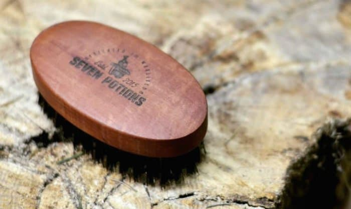 seven potions beard brush